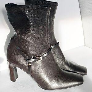 Bandolino mid calf high heel boots w side buckle
